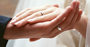wedding-rings-photo-2013-wedding-ring-on-hand-670x350